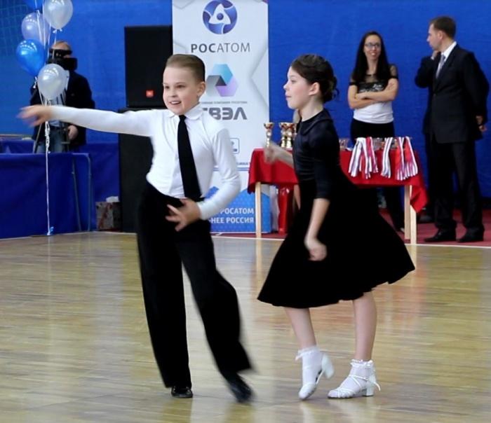 В Томске прошел турнир по спортивным танцам на кубок СХК