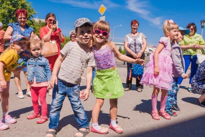 Юные северчане на празднике СХК