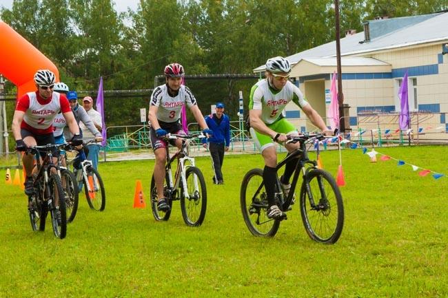 Молодежь СХК организовала велосоревнования для северчан
