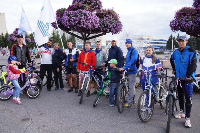Молодежь СХК приняла участие в городском велопробеге