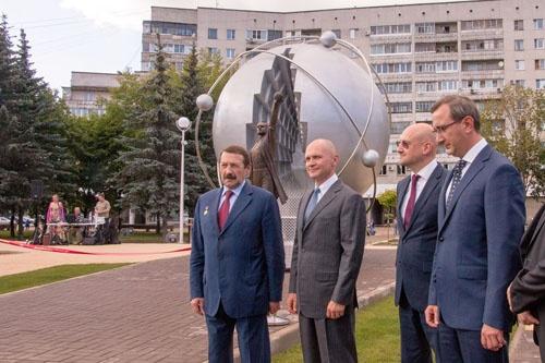 Сергей Кириенко на торжественном открытии памятника первопроходцам атомной энергетики в Обнинске