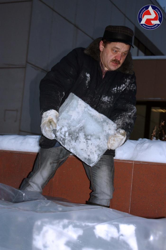 """Ледовый """"Дед"""" Михалыч"""