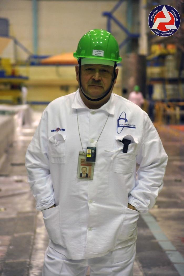 Александр Ионов в центральном зале Кольской АЭС