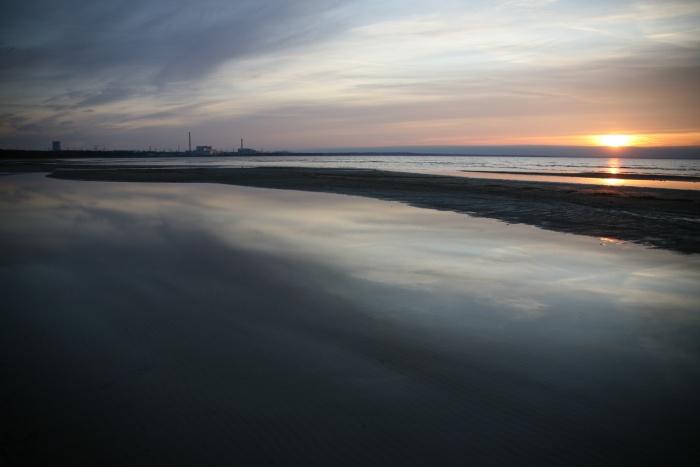 ЛАЭС. Вид с Финского залива.