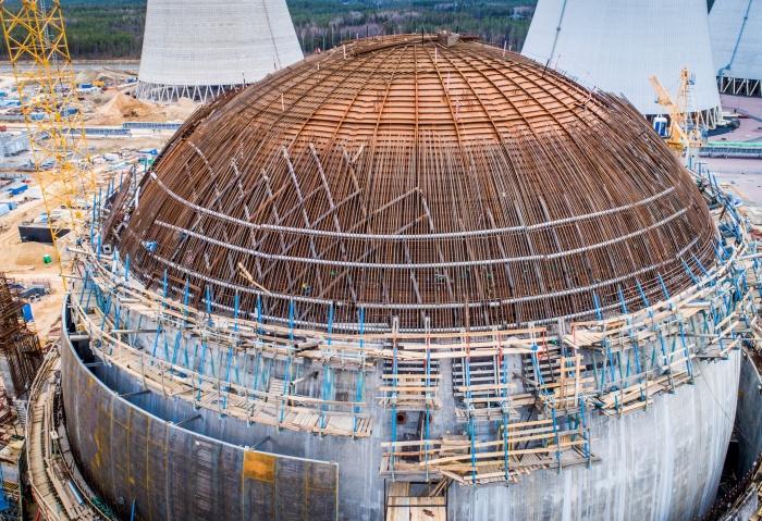 Купол строящегося энергоблока №2 Ленинградской АЭС