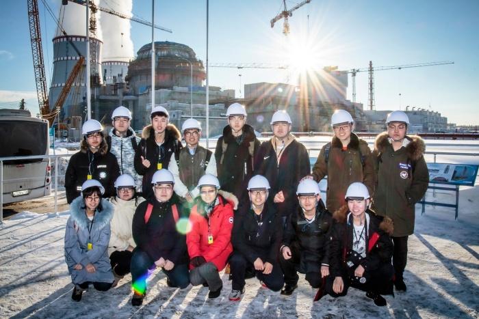 Студенты Зимней международной ядерной школы на Ленинградской АЭС