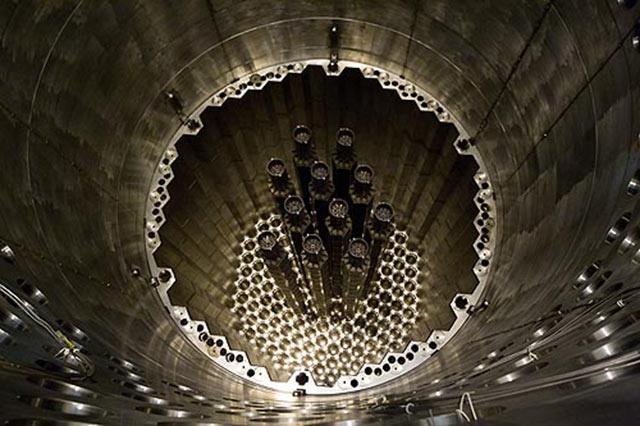 Установка имитаторов ТВС в реактор 4-го блока Калининской АЭС