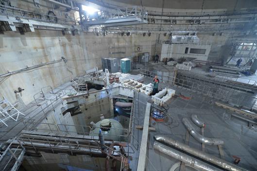 Монтаж металлоконструкций компенсатора давления на четвертом блоке Ростовской АЭС