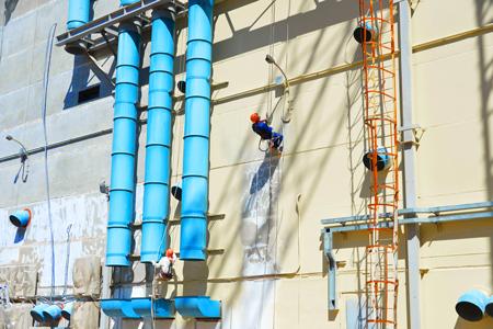 Покраска главного корпуса строящегося четвертого блока Ростовской АЭС