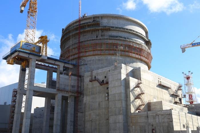 Здание реактора первого строящегося энергоблока Ленинградской АЭС