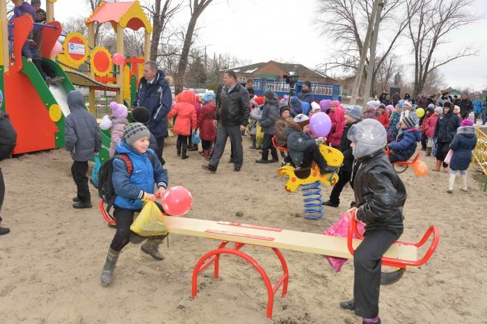 Открытие детской площадки от РоАЭС в ст. Жуковская