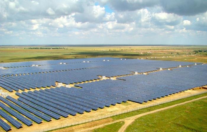 Крымская солнечная электростанция Перово
