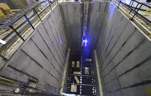 Бассейн выдержки первого строящегося энергоблока ЛАЭС