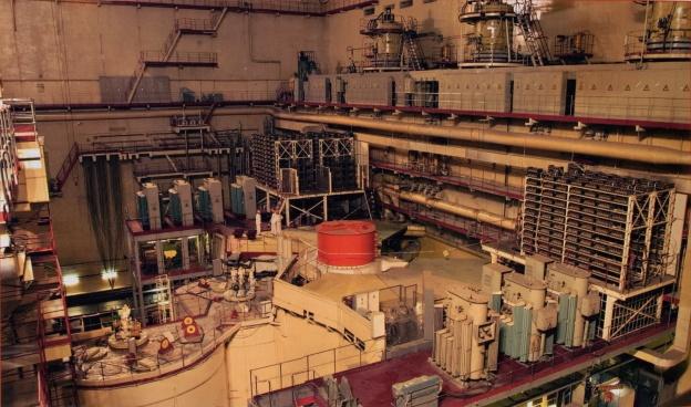 Реакторный зал БН-600