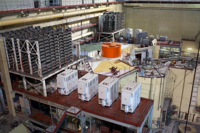 Реакторный зал БН-600 Белоярской АЭС