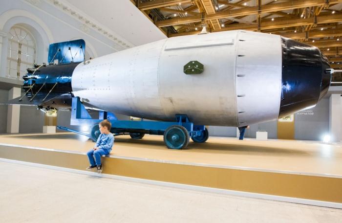 Царь-бомба в московском Манеже