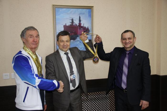 Ветеран Росатомфлота Николай Лихтинов установил три рекорда на Чемпионате Мира по гиревому триатлону