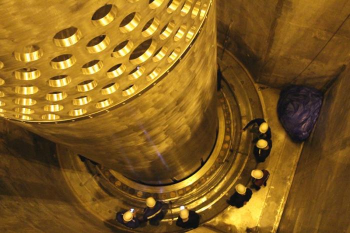 На ЛАЭС-2 началась предварительная сборка реактора первого энергоблока