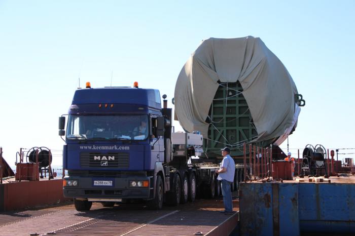 Транспортный шлюз для первого энергоблока Ленинградской АЭС-2