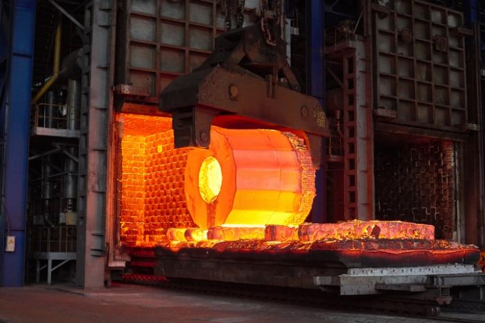 Слиток для изготовления обечайки корпуса парогенератора высокого давления для АЭС Куданкулам, фото: ЭМСС